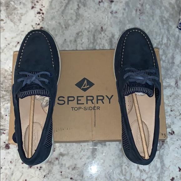 BNIB Sperry Koifish Rail Stripe Boat Shoes!